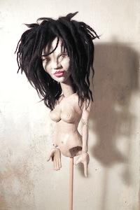 Marionetten als Skulptur