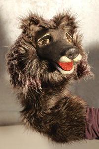 klappmaulfiguren-wolf-grau handpuppen marionette Skulpturen Tierportrait hamburg Sankt Georg figurart Valerie Bayol